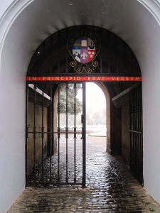 I love walking through this archway to get to the psychology library or to class.  How many famous (or unknown) historical figures have passed through the same gates?  I am living history here!