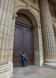 "I am 5'5"".  The doors are that immense!"