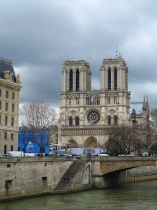 Le Cathédrale Notre-Dame de Paris! One of the most famous cathedrals in the world, but every bit as beautiful as the others that we visited.
